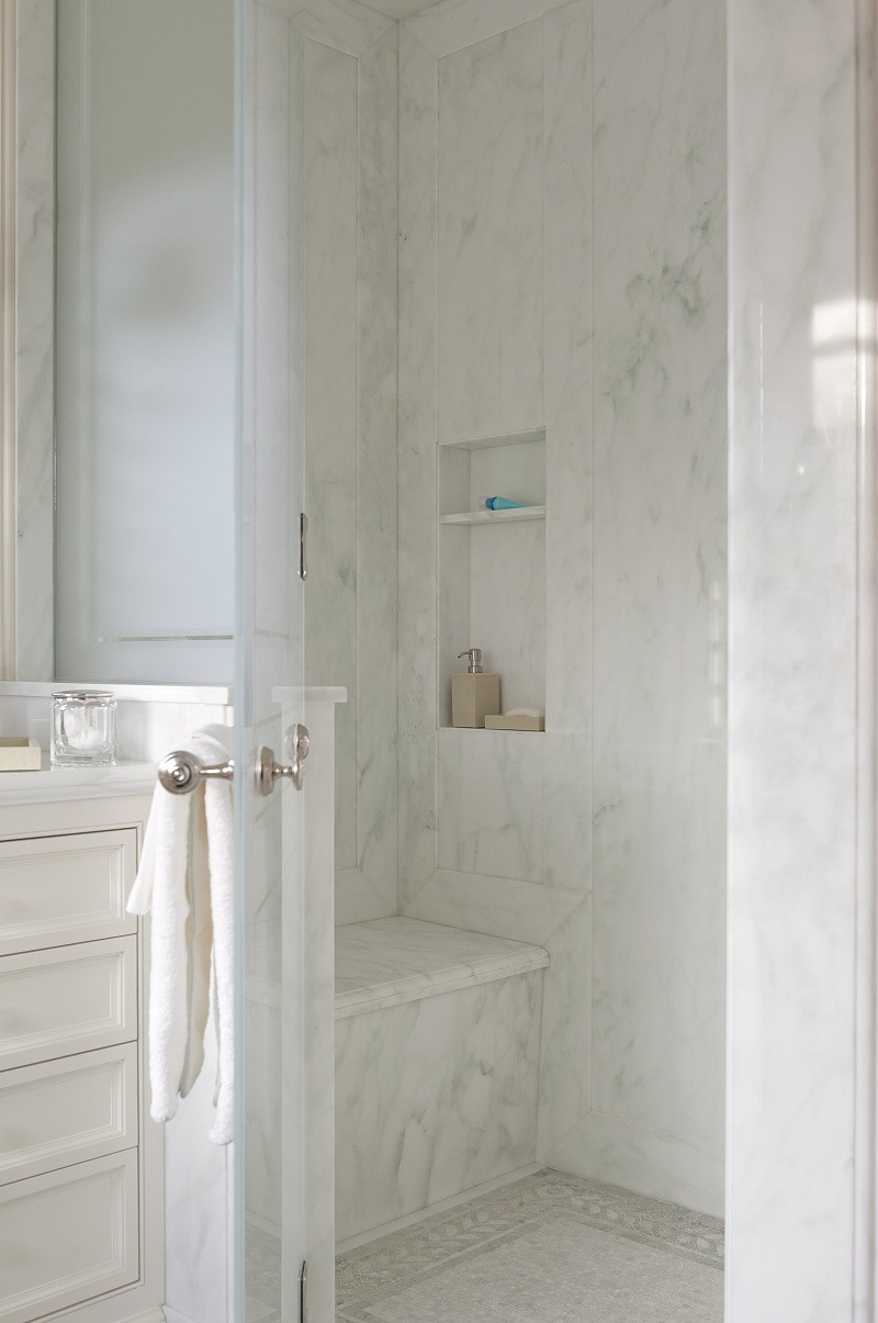 Suzanne Tucker Traditional Style Master Bathroom